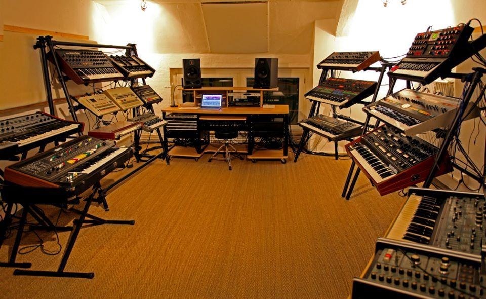 Electronic musicians