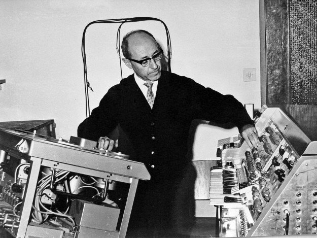 History of electronic music - Electronic Music of Brainvoyager - Josef Tal at the Electronic Music Studio in Jerusalem