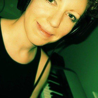 Elizabeth Joan Kelly - Electronic Music of Brainvoyager - Electronic Fusion