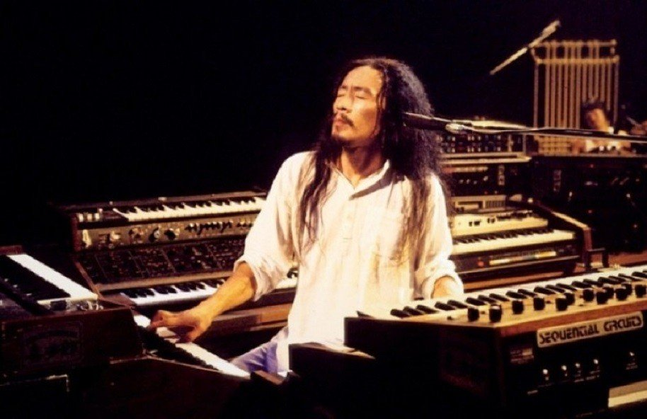 Kitaro - Electronic Music of Brainvoyager - Performing